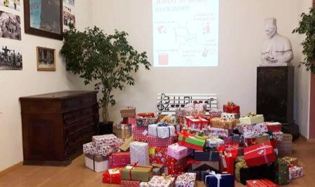 Scatole di Natale a Rigola: un progetto di solidarietà che scalda il cuore